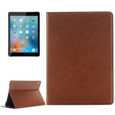 iPad Pro 9.7 inch PU Lederen Flip Solid Color Leather Case met Houder, Kaart Ruimte & Portemonnee Bruin